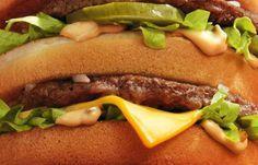 La sauce big mac a été pendant longtemps un secret bien gardé, mais ça n'est plus le cas. En exclusivité, la recette de la sauce big mac.