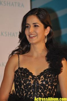Most Beautiful Indian Actress of Bollywood Katrina Kaif Pictures Bollywood Actress Hot Photos, Beautiful Bollywood Actress, Most Beautiful Indian Actress, Bollywood Actors, Bollywood Celebrities, Bollywood Fashion, Actress Photos, Beautiful Actresses, Bollywood Outfits