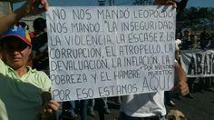 """15 de feb. de 2014 / """"FOTO: Pancarta estudiantil menciona razones de la protesta."""""""