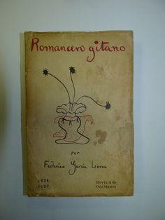 Romancero Gitano - Federico Garcia Lorca--- sus muslos se escapaban como peces sorprendidos .....la mitad llenos de lumbre ,la mitad llenos de frio....