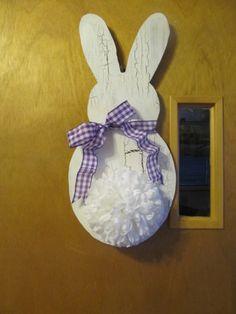 Easter bunny doorhanger