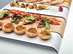 Bandejas SACHA. La marca Delica nos presenta una innovadora forma de presentar los aperitivos que no dejara indiferente a tus invitados. Disponible desde 3,14€ la unidad en http://www.tiendacrisol.com/tienda.php?Id=2970