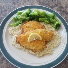 Baked Flounder with Panko and Parmesan Fish Recipes, Seafood Recipes, Great Recipes, Dinner Recipes, Cooking Recipes, Favorite Recipes, Healthy Recipes, Grouper Recipes, Seafood Meals