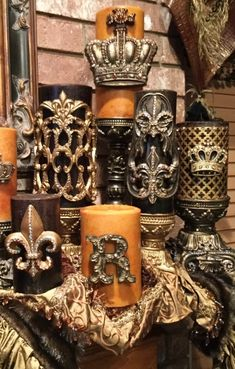 Decorative Candles with Bling and smell AMAZING!! http://reilly-chanceliving.com/collections/popular-candle-and-base-combinations