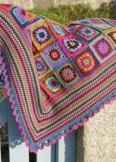 Preciosa manta de grannies en crochet...