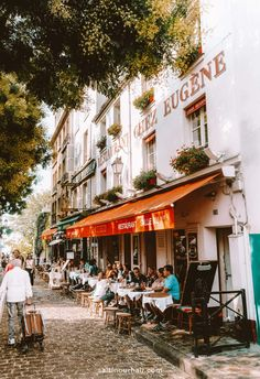 Montmartre, one of the most beautiful areas in Paris