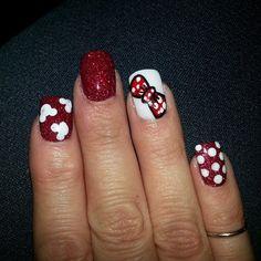 Minnie Mouse nails - Half Marathon January 2014?