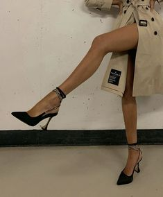 Dr Shoes, Me Too Shoes, Shoes Heels, Ysl Heels, Strappy Heels, Pretty Shoes, Cute Shoes, Comfy Shoes, Fashion Shoes