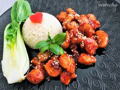 Výborná lepkavá kuracinka - recept | Varecha.sk Pak Choi, Tandoori Chicken, Chicken Wings, Ale, Meat, Ethnic Recipes, Food, Red Peppers, Ale Beer