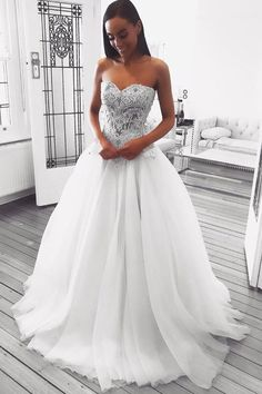 Sweetheart White Long Wedding Dress