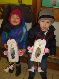 kip als hanger Easter Art, Easter Crafts For Kids, Diy For Kids, Egg Carton Crafts, Farm Crafts, Fete Halloween, School Themes, Animal Crafts, Spring Crafts