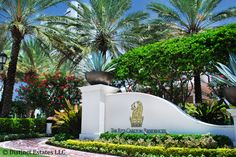 The main entrance to the Ritz Carlton Residences of Singer Island sets the tone perfectly for the resort-style luxury living that is in store.  http://www.distinctestates.com/real_estate/Singer_Island/2700_North_Ocean.html