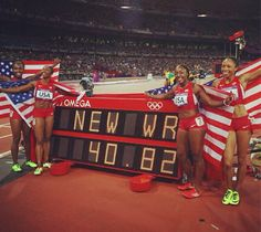 4x100 m ladies - and new world record.