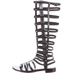 Pre-owned Stuart Weitzman Knee-High Gladiator Sandals (3.905 CZK) ❤ liked on Polyvore featuring shoes, sandals, black, roman sandals, stuart weitzman shoes, leather gladiator sandals, stuart weitzman sandals and zipper shoes