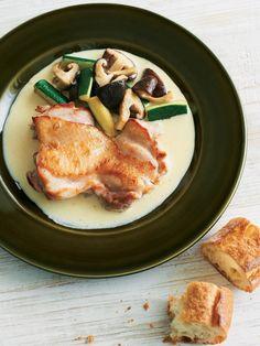 蒸してソースにして、ダブルで活用。|『ELLE a table』はおしゃれで簡単なレシピが満載!