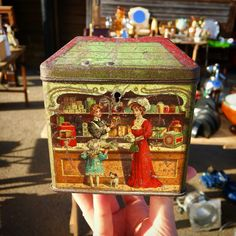 Beautiful Brooke Bond's Tea Tin from 1869.