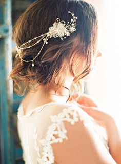 Boho wedding hair: http://www.stylemepretty.com/2014/11/08/southern-romance-inspiration-in-new-orleans/ | Photography: Marissa Lambert - http://marissalambertphotography.com/ Wedding Hair And Makeup, Boho Wedding Hair, Wedding Hair Pieces, Chic Wedding, Dream Wedding, Wedding Dresses, Bridal Hair Accessories, Wedding Bells, Wedding Inspiration