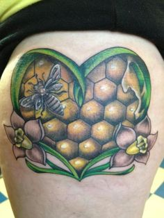 Love the shading in the honeycomb!  on fyeahtattoos!