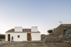 Completed in 2014 in Arraiolos, Portugal. Images by Fernando Guerra   FG+SG…