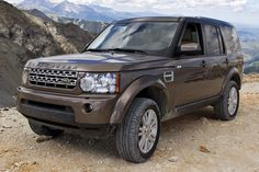 Sources suggest that Land Rover will be revisiting the Discovery's roots with the next-generation model. Read this full auto news article from the truck and SUV experts at Truck Trend. My Dream Car, Dream Cars, 4x4, Crossover Cars, Motorcross Bike, Range Rover Supercharged, Lifted Ford Trucks, Land Rover Discovery, Jeep Wrangler Unlimited