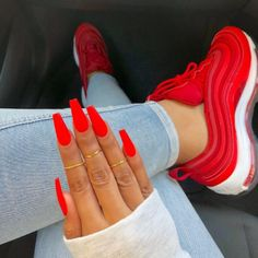 Neon Nails Art - Neon Nail Designs for Light and Dark Skin - New Ideas Red Acrylic Nails, Summer Acrylic Nails, Neon Nails, Red Summer Nails, 3d Nails, Gliter Nails, Coffin Nails Designs Summer, Pastel Nails, Bling Nails