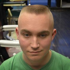 Ben trekked all the way from Iowa so I could lace him up with a tight horseshoe flattop! Thanks to for laying some great groundwork! Top Haircuts For Men, Men's Haircuts, Flat Top Haircut, Cowlick, Old Best Friends, High And Tight, Great Cuts, Shaved Head, Stylish Hair