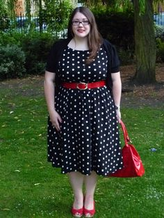 super cute take on plus size retro...love the red accents..I don't even own red clothes, hahaha