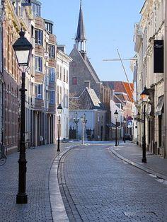 Catharinastraat in Breda. Een van de oudste straten van Nederland