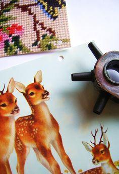 silly old suitcase: DIY Tutorial: ansichtkaarten muurdecoratie...postcard wall decoration