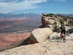 My Top Five: The Best Mountain Bike Trails in Moab Best Mountain Bikes, Mountain Bike Trails, Mtb Trails, Bike News, John Muir, Utah, Grand Canyon, Water, Travel