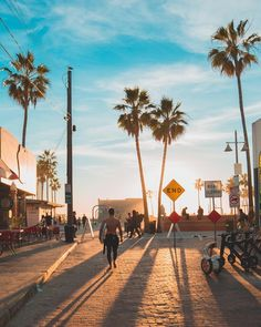 LA Vibes by Debodoes | CaliforniaFeelings.com #california #cali #LA #CA #SF