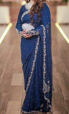 Pakistani Fashion Party Wear, Pakistani Wedding Outfits, Pakistani Dresses Casual, Indian Fashion Dresses, Pakistani Wedding Dresses, Pakistani Dress Design, Bridal Outfits, Bridal Sarees, Muslim Fashion