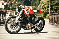 Ultra-clean custom Yamaha XV 750 by Christian Moretti of Plan B Motorcycles.