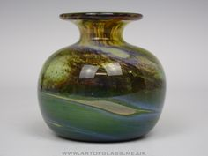 Isle of Wight Studio Glass 'Aurene' vase.