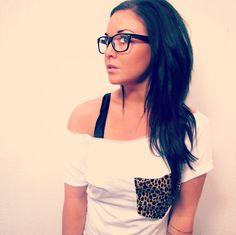 off shoulder leopard shirt