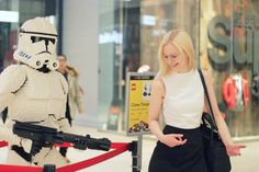Couldn't keep a straight face when trying to impersonate a Clone Trooper made out of legos   We were just passing through this shopping centre when we noticed they'd placed Dirk Denoyelle's striking hand-made lego characters on the corridors. Hundreds of hours of work and thousands of kilos of legos put into every piece  #espoo #finland #suomi #lego #legos #legophotography #legostarwars #legoart #legophoto #starwars #starwarsphotography #art #artlover #artlovers #exploring #letsgoeverywhere…