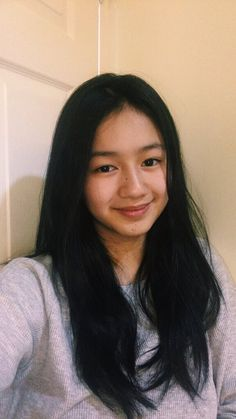 That smile kaori☺️😭 Nancy Jewel Mcdonie, Mobile Legends, Filipina, Girl Face, Girl Photography, Cute Boys, Ms, Cute Outfits, Wallpapers