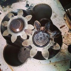 Worn oil pump #mechanic #usecorrectoils Workshop, Pumps, Oil, Instagram Posts, Atelier, Work Shop Garage, Pumps Heels, Pump Shoes, Heel Boot