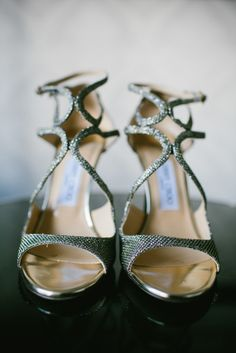 Metallic Jimmy Choos: http://www.stylemepretty.com/little-black-book-blog/2015/02/18/modern-elegant-wedding-at-chicagos-museum-of-contemporary-art/ | Photography: Pen/Carlson - http://pencarlson.com/