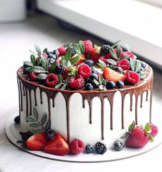 """Secrets To A Perfect Cake 🍰 on Instagram: """"A lot of fresh berries and chocolate drip...😻🍰 True heaven❤️ @nyuta_zelenskaja - What's your favorite part about this cake?😊 - Start to…"""""""