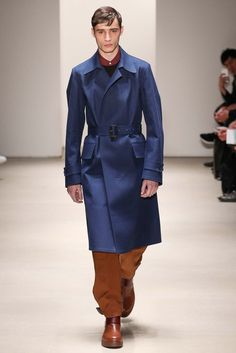 Adrien Sahores for Jil Sander Fall/Winter 2015 Winter Fashion 2015, Fall Winter 2015, High Fashion Men, Mens Fashion, Mens Designer Brands, Couture Outfits, Mens Fall, Fashion Show Collection, Jil Sander