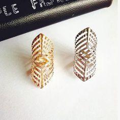 새로운 패션 액세서리 보석 중공 손가락 반지 여성 소녀 좋은 선물 R1499