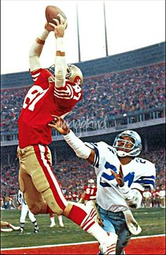 "One of the most famous plays in NFL history, Dwight Clark's leaping, fingertip touchdown grab of a Joe Montana pass — forever known as ""The Catch"" — gave the a lead over the Cowboys with just 51 seconds on the clock in the NFC Championship on But Football, Football Players, Games Football, School Football, Nfc Championship Game, Nba Playoffs, 49ers Fans, Nfl 49ers, Forty Niners"