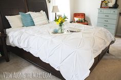 Easy DIY project! Just use two flat sheets to make your own pintuck duvet!