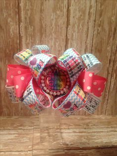 School Hair Bows, Hairstyles For School, Gift Wrapping, Gifts, Paper Wrapping, Presents, Wrapping Gifts, Favors, Gift Packaging