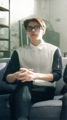 sehun with nerdy glasses should be illegal