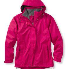 Navy LL Bean raincoat to match my cute boots for college ☔ #RaincoatsForWomenNavy