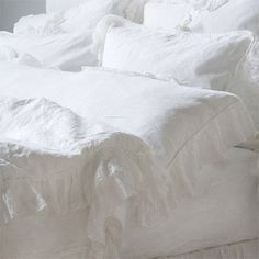 Bella Notte Whisper Linen Bedding.  I have the body pillow and pillow case.  It is absolutely beautiful!  I love this linen!