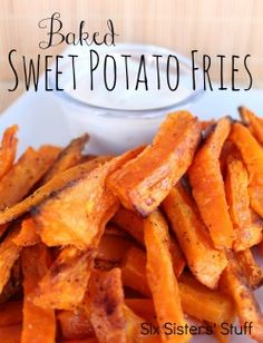 Sweet Potato Fries Baked Sweet Potato Fries from SixSistersStuff. So delicious! The perfect way to get your family to eat more veggies!Baked Sweet Potato Fries from SixSistersStuff. So delicious! The perfect way to get your family to eat more veggies! Side Dish Recipes, Vegetable Recipes, Vegetarian Recipes, Cooking Recipes, Healthy Recipes, Delicious Recipes, Cooking Tips, Healthy Food, Veggie Dishes