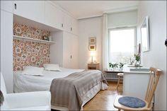 sovrum platsbyggd bokhylla - Sök på Google